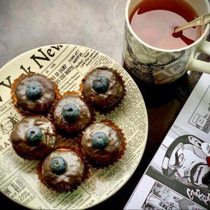 Mini muffins de harina de arroz, chocolate y arándanos